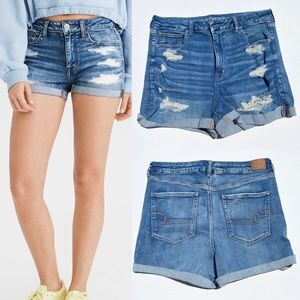 American Eagle Curvy High Rose Shorts